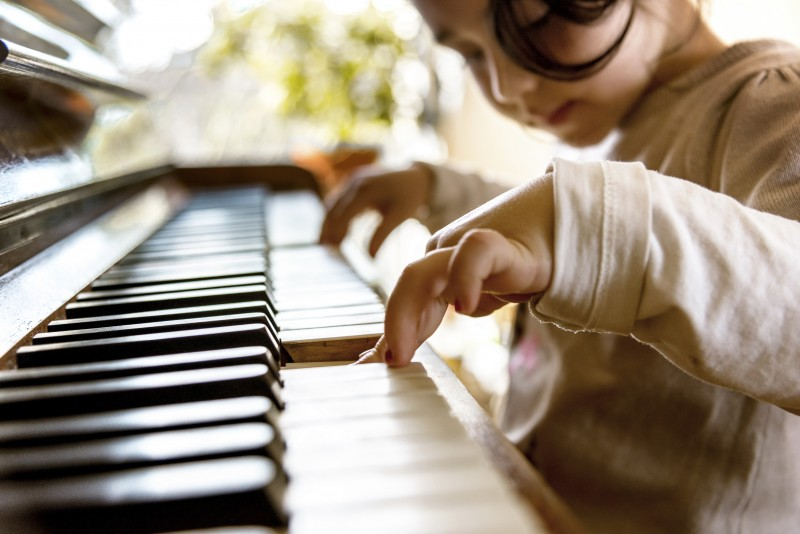 Keeping Students Focused in Piano Lessons